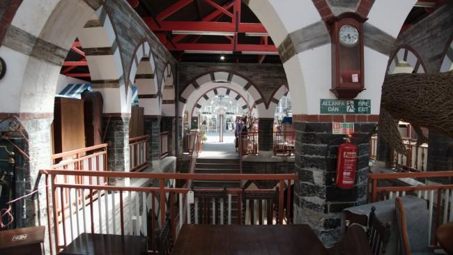 Cardigan-Guildhall-Market-interior