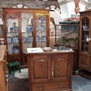 Kieth's Antiques Cardigan Guildhall Market / Marchnad Neuadd y Dref Aberteifi image 2