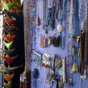 Totem Cardigan Guildhall Market / Marchnad Neuadd y Dref Aberteifi image 5